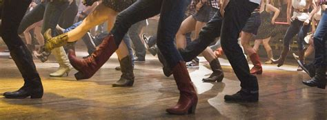 4:30 -5:30 pm Fridays, Line Dancing